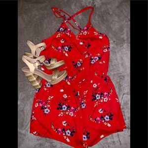 Arizona Jean Co Floral Romper 🌺